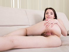 Rose models naked in her bedroom feeling horny