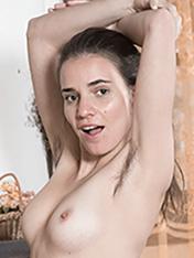 WeAreHairy Natalia