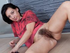 eva hairy atk